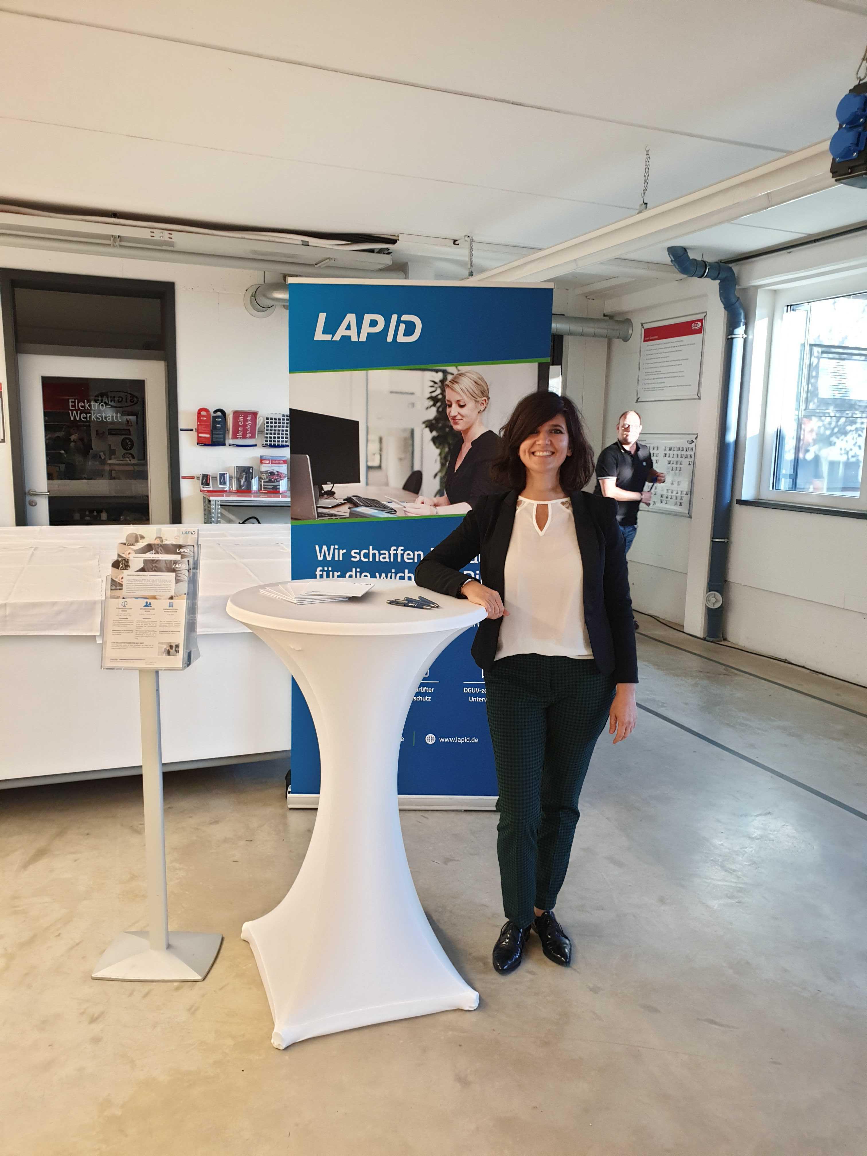 LapID Mitarbeiterin beim SIGNal-Flottentag