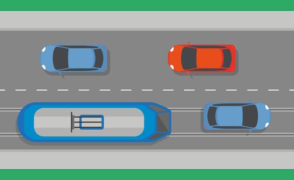 Straßenbahn Schienen verlaufen im Fahrstreifen