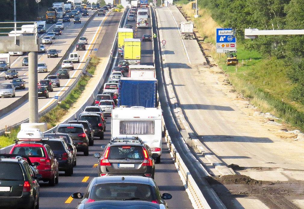 Richtiges Verhalten Baustelle Autobahn