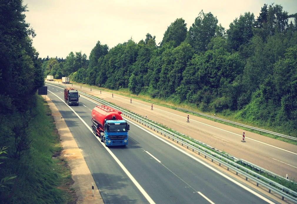 Nutzfahrzeuge: Unfallverhütungsvorschriften und weitere Regelungen